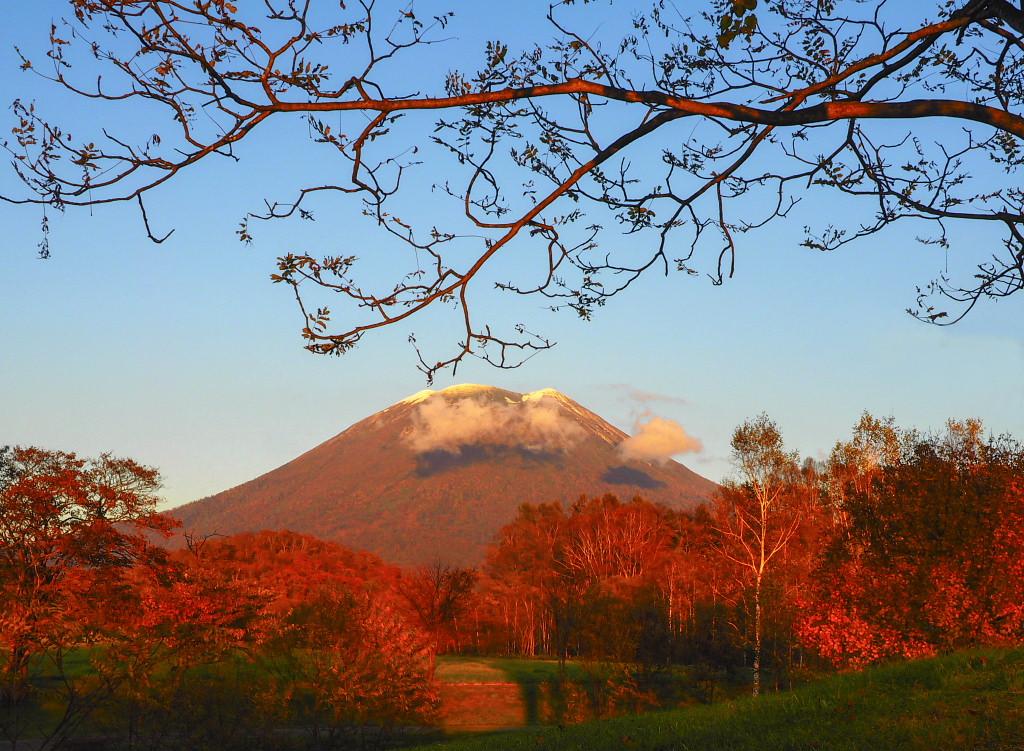 2015年 羊蹄山と紅葉